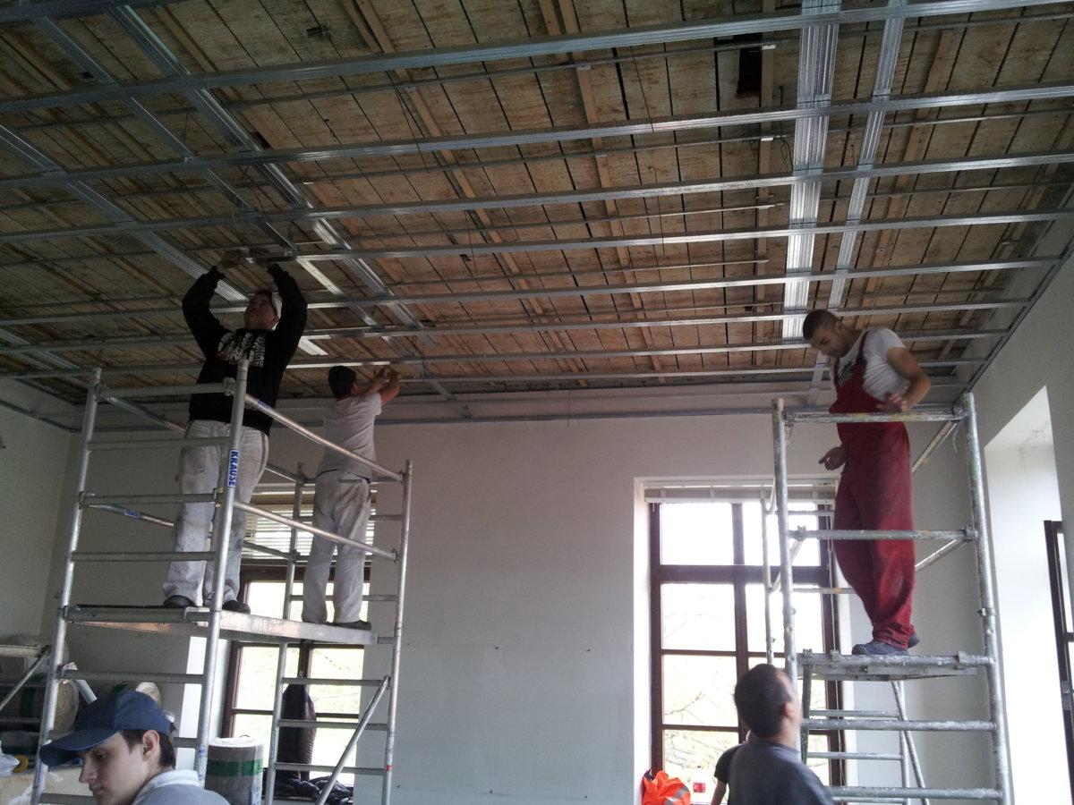 Děláme i stropy...